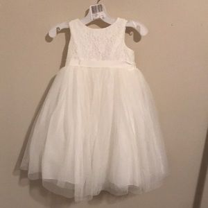 2T Flower Girl Dress David's Bridal Ivory